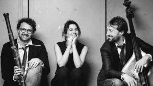 Read more about the article Dimanche 24 – 11:00 à 13:00 hrs- Trio c'est pas si grave