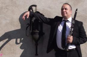 jeudi 28 de 20:30 à 22:30 – Maté, Clarinette, et des melodies au tour de la rivière Uruguay.