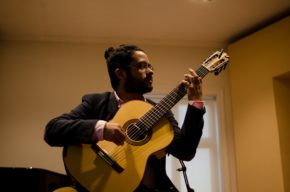 Vendredi 8 – 21h Carlos Cid au Café Latino