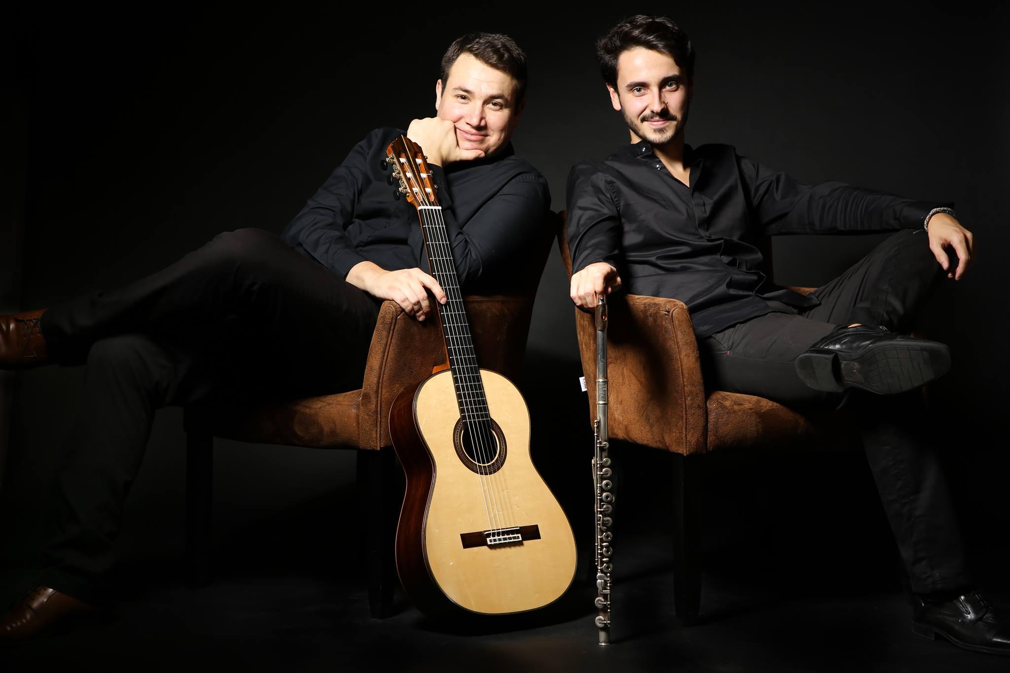 Jundi 14 – 20:00 à 21:00 hrs – Duo Loarces Balanowsky : Guitare et Flûte